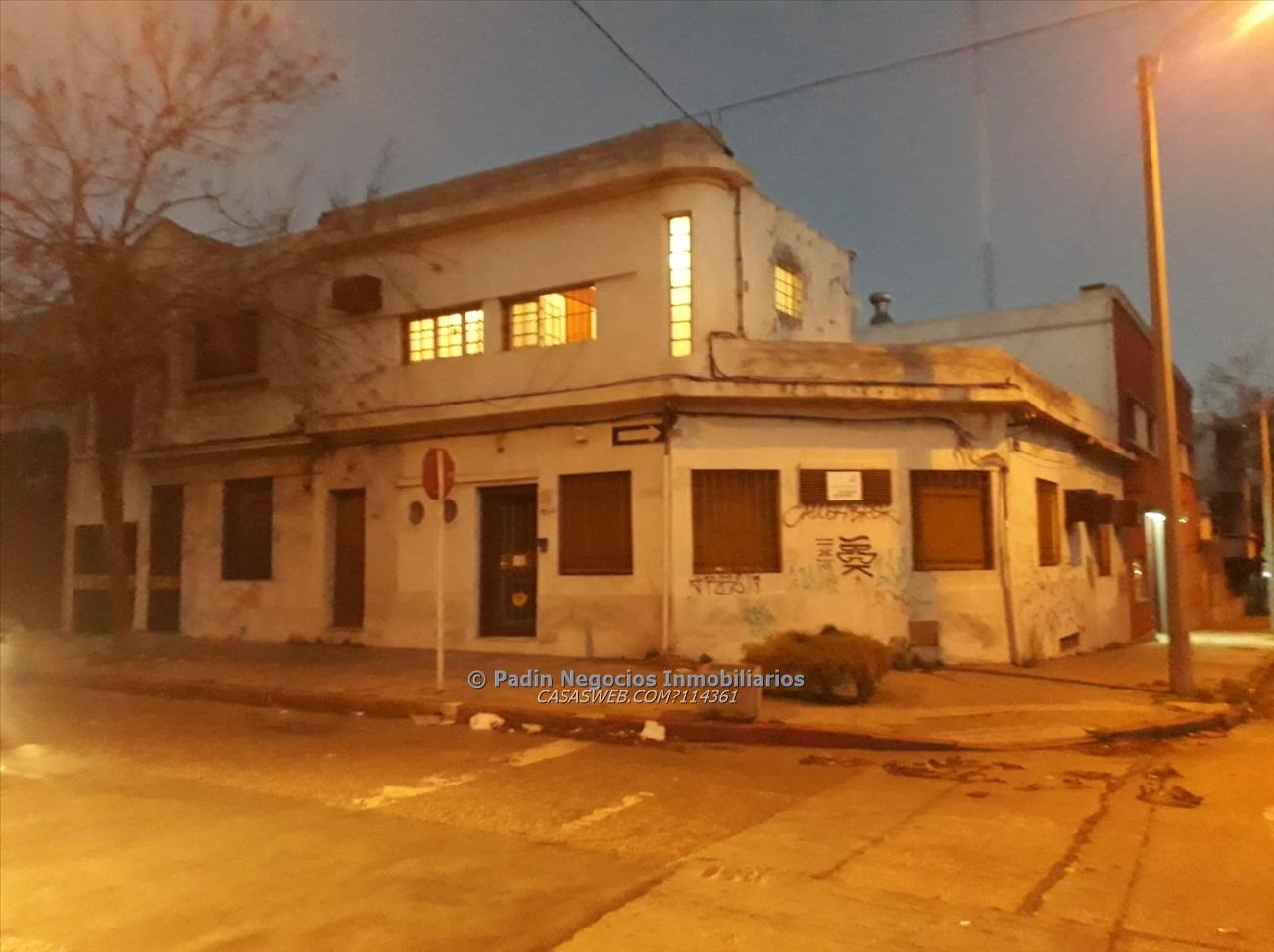 Venta local comercial con vivienda en Aguada