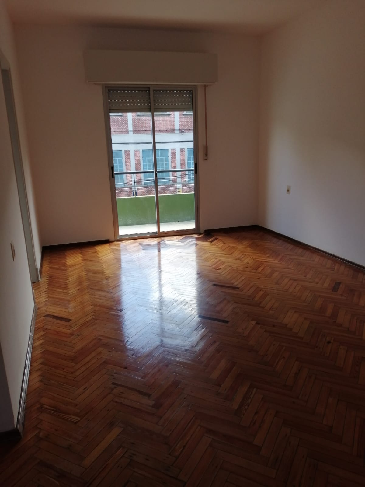 Alquiler apartamento dos dormitorios, Maroñas