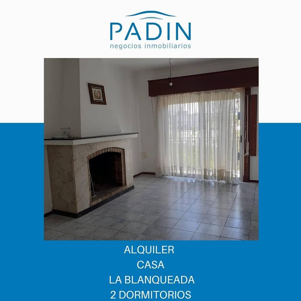 SEÑADO – Alquiler casa de altos de 2 dormitorios en barrio La Blanqueada.